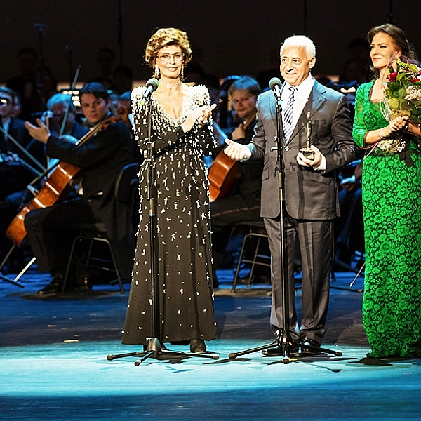 Первая Международная профессиональная музыкальная премия BraVo