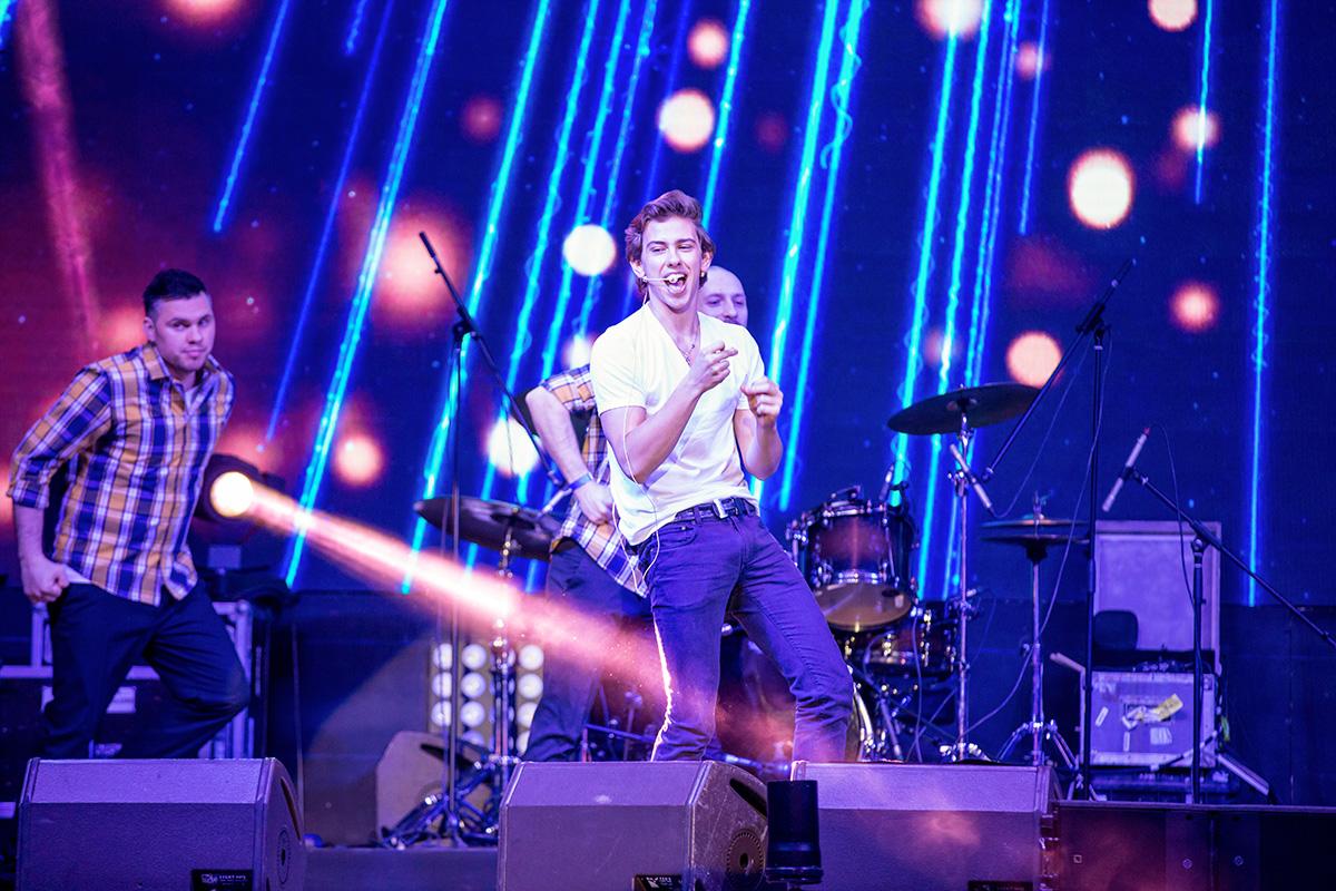 ВладиМир на сцене