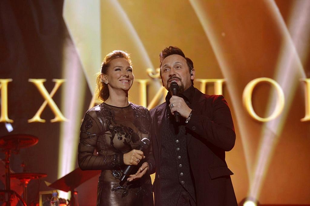 Елена Север и Стас Михайлов на сцене